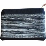 One Thousand Lines Flat Geo Pouch - Black