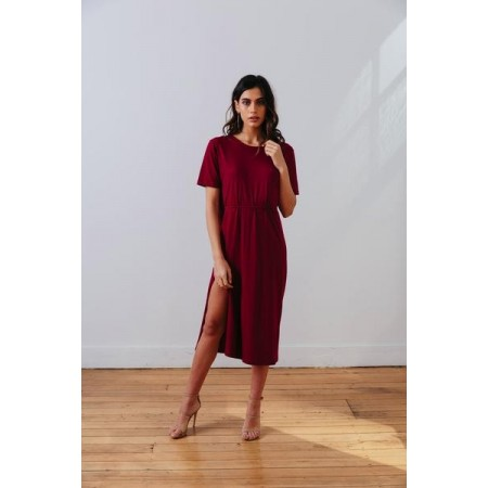 The MNML Wanderer Dress Barcelona Berry