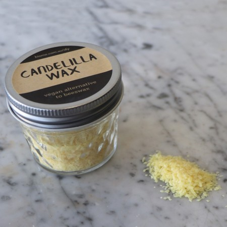Candelilla Wax in Glass Jar 45g