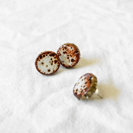Ochre Earthy Red Studs