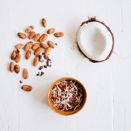 he Husk Mill Coconut Cacao 110g