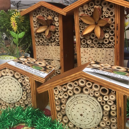Solitary Bees Hotel - small