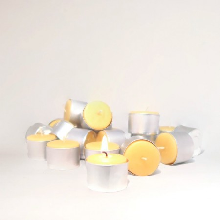 Queen B beeswax candles - 9 hour tealights (9)