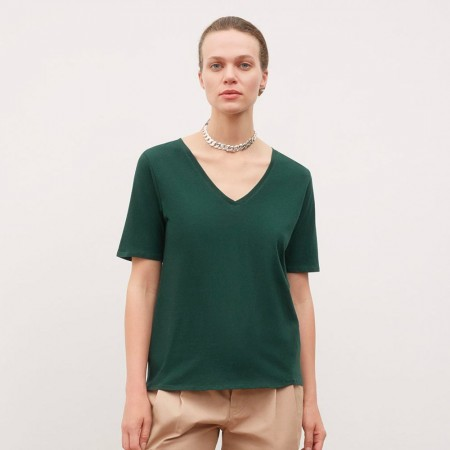 Kowtow V Neck Tee - Bottle Green