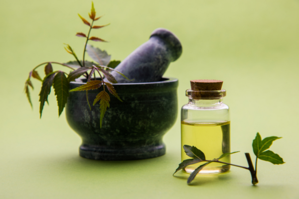 How to use neem oil in skin care