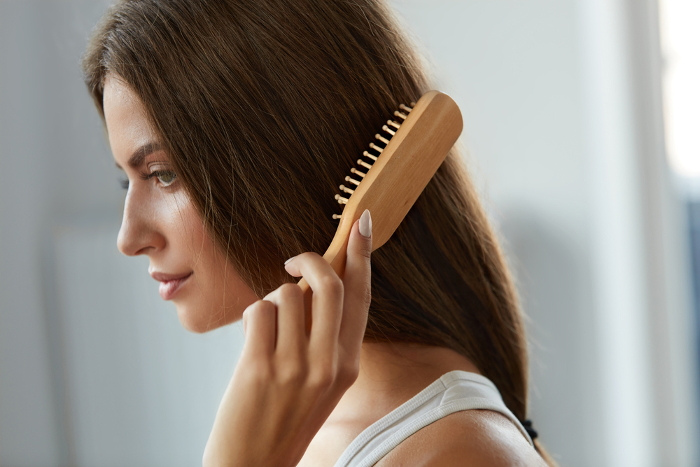 Top 6 reasons to use a wooden or bamboo hair brush