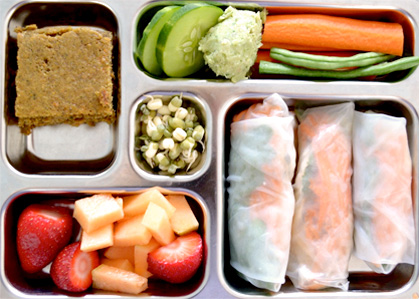 Did you know a school child with a disposable lunch generates 30kg of waste per year?
