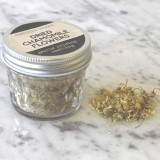 Chamomile Flowers Organic in Glass Jar 8g