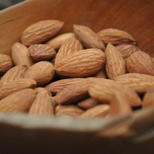 almonds as beauty food