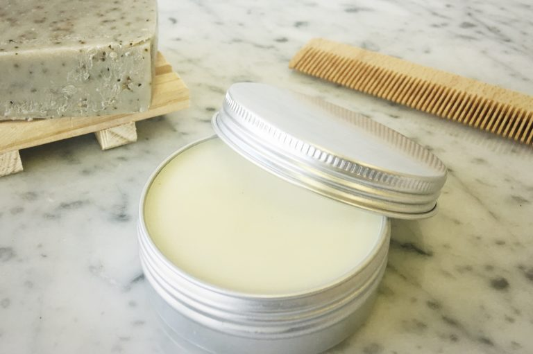 DIY hair wax and conditioning balm