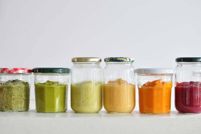 Eliminating Plastic from you Kitchen - Freezing Food In Glass