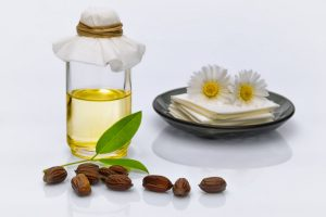 How to use jojoba oil in skin care